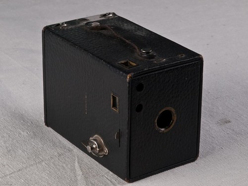 Kodak No. 2 Brownie, 1901-24  1