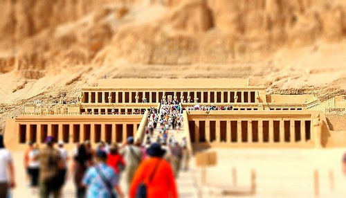 Hatshepsut Temple Tiny Tourists