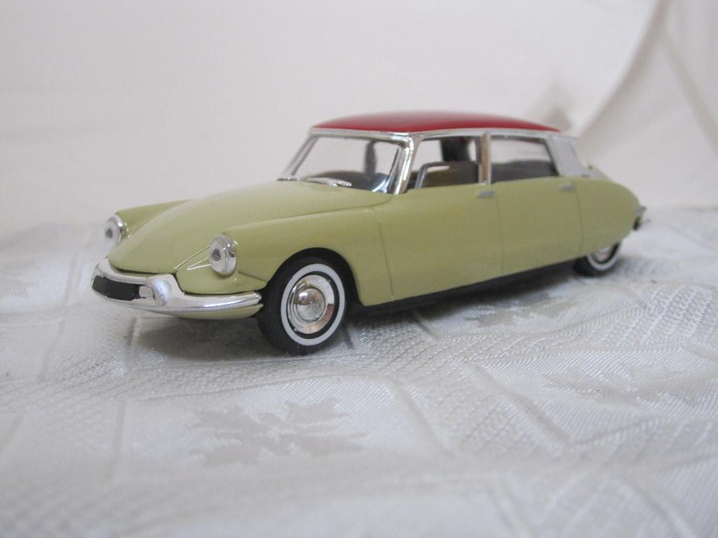 1956 Citroen DS19 Goddess 20