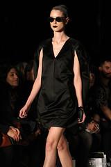 Alexandre Herchcovitch (Taiz Dering) Tags: summer fashion model sopaulo moda modelo desfile vero spfw roupas alexandreherchcovitch sopaulofashionweek taizdering