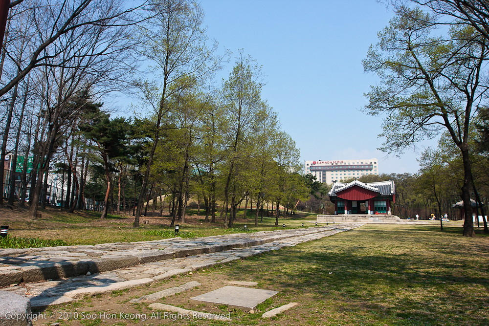 Seolleung & Jeongneung Royal Tombs , Seoul, Korea