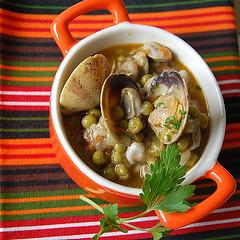 fresh legumes & clams stew