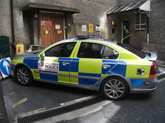 LD08YFX CP100 City of London Police Skoda Octavia VRS Roads Policing Unit based at Wood Street Police Station seen Round the back of Bishopsgate Police Station (Trojan631) Tags: las blue rescue west london public geotagged fire sussex mercedes coast volvo interesting brighton order traffic 4x4 south 911 police scout surrey ambulance led east explore nhs dna operations service roads met emergency incident firefighter paramedic 112 rapid metropolitan officer v50 scania 2012 2010 response armed 999 crawley evs fordfocus v70 sprinter so19 2011 constabulary policing arv rrv uvmodular wsfrs co19 secamb metpol so6 suspol esfrs trojan631
