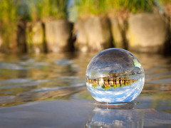 (*m22) Tags: beach wet water glass strand reflections sand wasser sphere glas mv kugel crystalball nass stettinerhaff ueckermnde