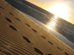 Duna do Por do Sol (Alemiro Jr.) Tags: dunadopordosol jericoacoara pds pordosol duna sanddune footprint sunset sea waves mar sol ondas areia ce ceara brasil alejr alemiro canons3