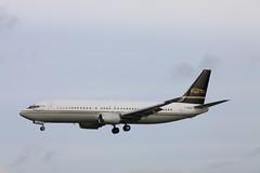 C-FLEJ Boeing 737-400 Flair Air (elevationair ✈) Tags: boeing dub airliners 737 dublinairport 734 eidw flairair cflej