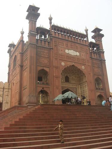 Entrance to Badshahi mosque