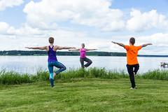 small group yoga by a lake (VisitLakeland) Tags: jooga joga yoga lakeland finland wellness hyvinvointi relax rentoutuminen balance tasapaino harmony harmonia lake järvi shore ranta beach blue green