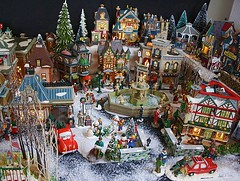 Christmas Village #9: Uptown Village Shopping (Terry.Tyson) Tags: dept56 lemax miniaturechristmasvillage christmas2009