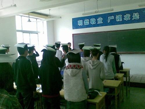 西安某职业技术学院的站姿培训