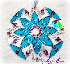 MANDALA RAINHA DO MAR II (Monica Chaves Mandalas) Tags: luz circle handmade artesanato mandala reciclagem decorao handcraft mandalas espiritualidade enfeite ornamentos reutilizao reaproveitamento cdreciclado reciclagemdecd mandalaemcd mnicachaves monicachaves artesanatozen