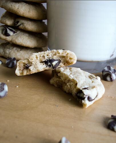 blackandwhitechipcookies