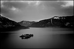 isole d'inverno in vecchio stile (mbeo) Tags: bw landscape sadness ascona postcard bn explore inverno cartolina lagomaggiore tristezza m9 monteverit isoledibrissago mbeo isoleinverno
