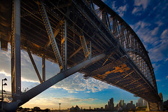 Morning Glory (xavibarca) Tags: morninglight steel sydney harborbridge exposureblending canontse17