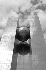 Rasgas Headquarters (I) (manuela.martin) Tags: blackandwhite bw architecture middleeast architektur doha qatar contemporaryarchitecture modernearchitektur rasgas rasgasheadquarters
