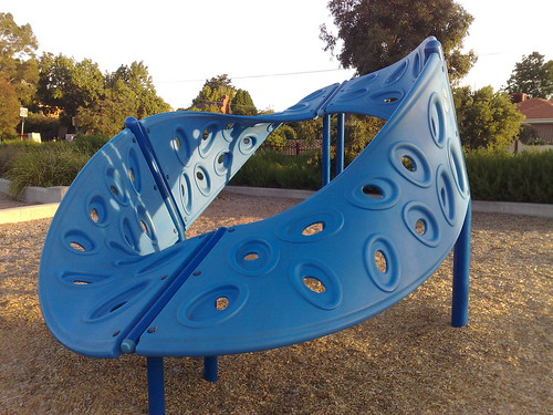 Mobius strip playground equipment