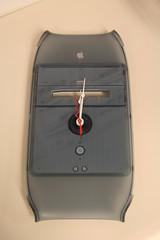PowerMac G4 clock (MeganMorris) Tags: clock apple macintosh weird cool mac recycled powermac neat powermacg4 stuffmadefromstuff