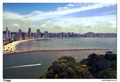 Balneário Camboriu... (thiagoveras.com) Tags: brazil sc brasil nikon cityscape paisagem santacatarina balneário balneariocamboriu camboriu landascape d5000 cidadesbrasileiras thiagoveras