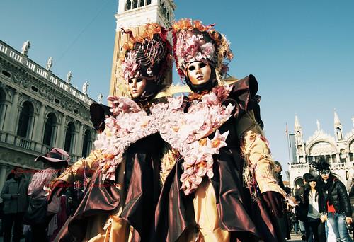 Carnival Sisters