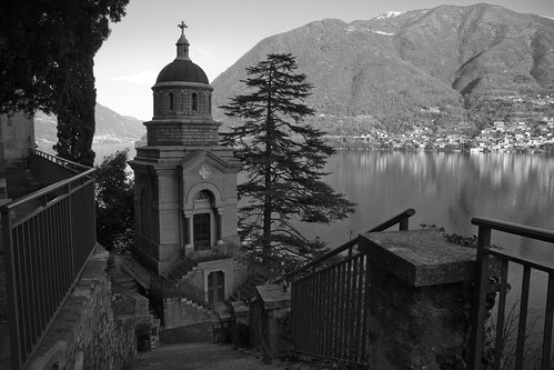 Brienno, Cemetery #3 (by storvandre)