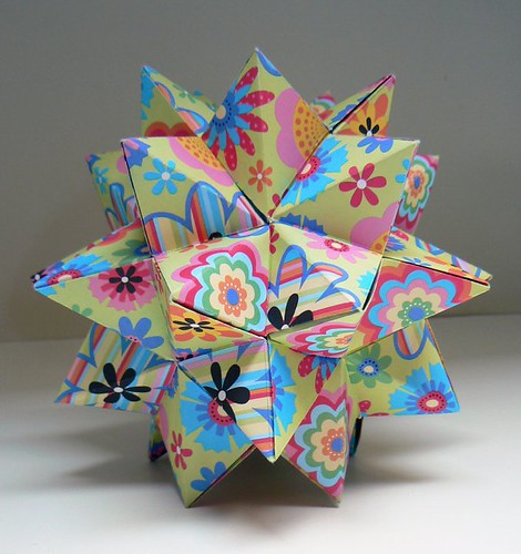 Origami Spiked Pentakis Dodecahedron By Tomoko Fuse   Modular ...   500x470