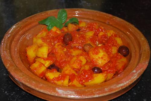 aardappeltjes met saffraan en tomaat