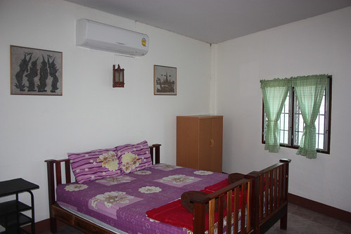 My second room at Pong Phen guesthouse