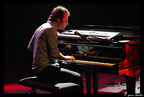 Julien Brunetaud Trio @ Espace Caussimon. Tremblay en France 2010.