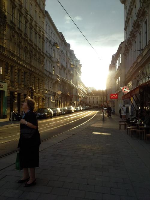 sunshine @siebensterngasse