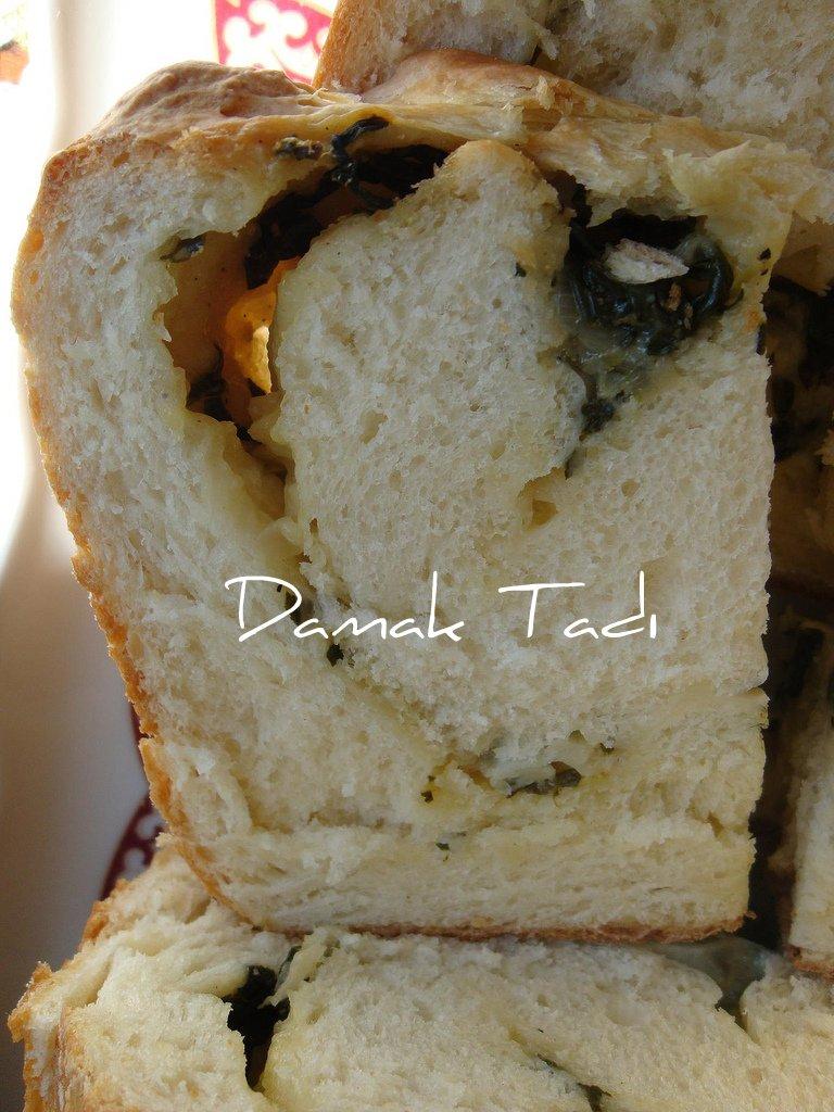 Ispanaklı Ekmek