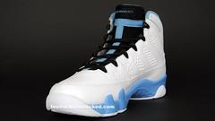 Jordan Retro IX White/Black/University Blue colorway