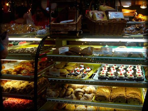 SA Mi Tierra Bakery