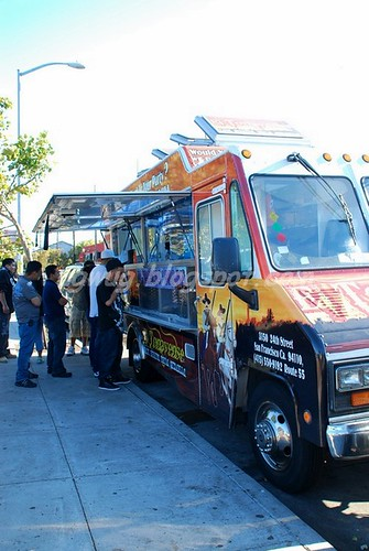 El Tonayense Taco Truck