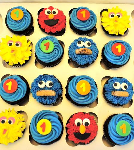 *Sesame Street Cupcakes