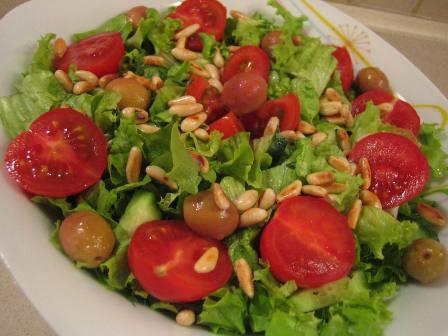 Cam Fıstıklı Salata