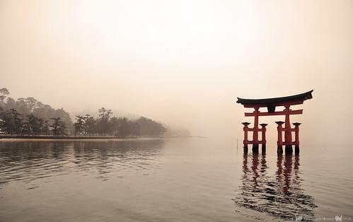 Hiroshima_miyajima_02