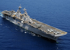 Cruising the South China Sea (US Navy) Tags: ship military militar aircraftcarrier usnavy southchinasea buque ussessex ocano unitedstatesnavy portaaviones