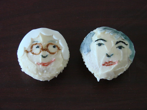 Golden Girls Cupcakes: Sophia and Dorothy