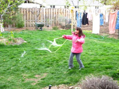 Big trailing bubbles