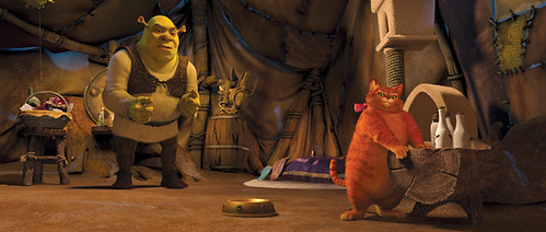 Shrek (Mike Meyers) tries to talk some sense into Puss (Antonio Banderas) in 'Shrek Forever After'.