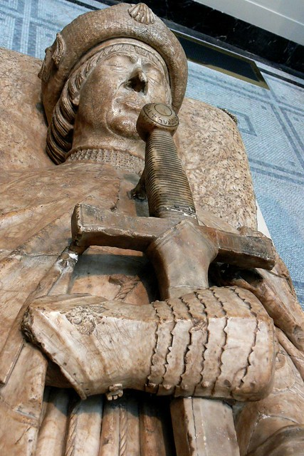 16th century Spanish effigy of a knight