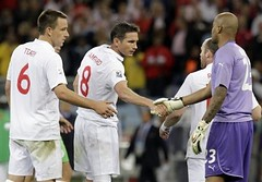 The England's Frank Lampard, John Terry as he shakes hands with Algeria goalkeeper Rais M'Bolhi (menosultra) Tags:          algriefoot algeriaenglandsouthafricaemiratesfootballfoot