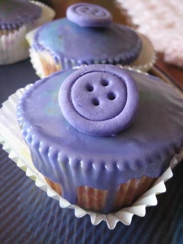 Liquid fondant cupcakes