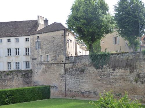 Boulevard Maréchal Joffre, Beaune - Le Château de Beaune