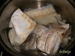 Arroz con bacalao-pieles y espinas