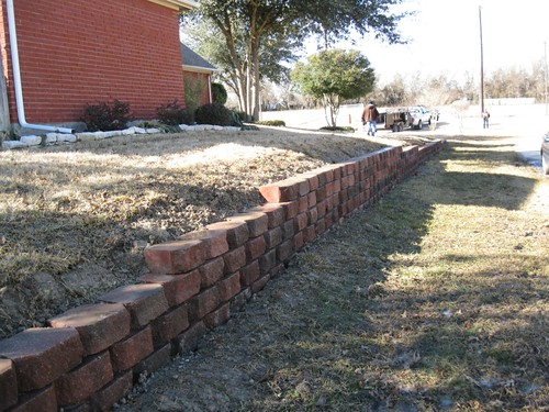 Retaining wall landscapers