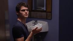 Julian Smith in The Perfect Bathroom Trip (rhettandlink) Tags: trip public bathroom julian perfect hand smith clean restroom swine washing flu disease ijustine rhettandlink