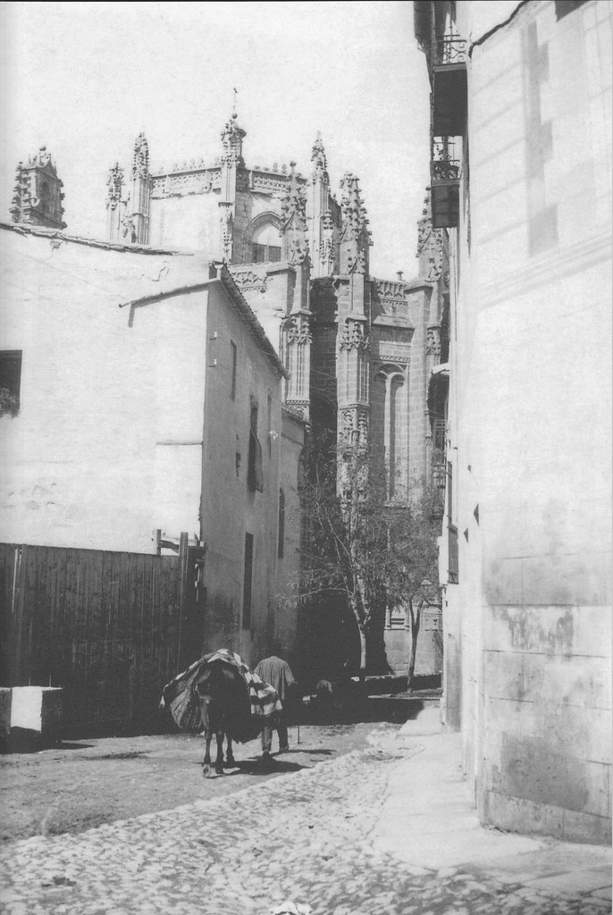 Calle Reyes Católicos a inicios del siglo XX. Fotografía de Pedro Román Martínez