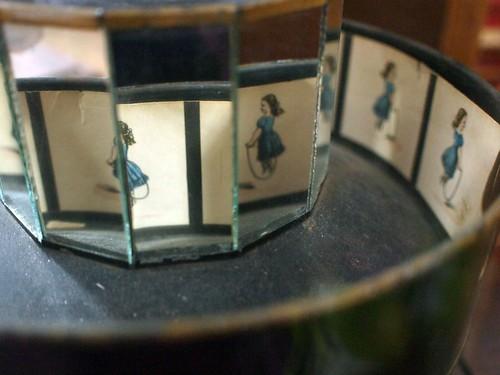 musée mécanique: skipping girl