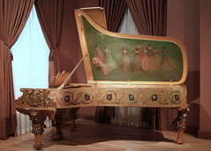 Steinway White House Piano 1903 (Mr. T in DC) Tags: art washingtondc smithsonian dc whitehouse paintings pianos museums gilded steinway steinwaysons musicalinstruments theodoreroosevelt saam americanrenaissance smithsonianamericanartmuseum thomaswilmerdewing